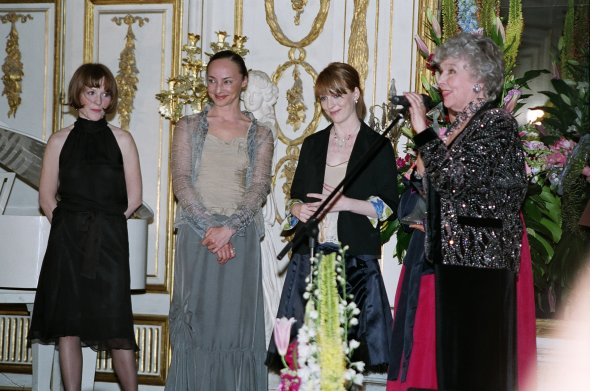 XXVIII Церемония вручения Первой театральной премии «Хрустальная Турандот» состоится в парадном зале дворца Юсуповых в музее-усадьбе Архангельское 15 сентября 2019 года