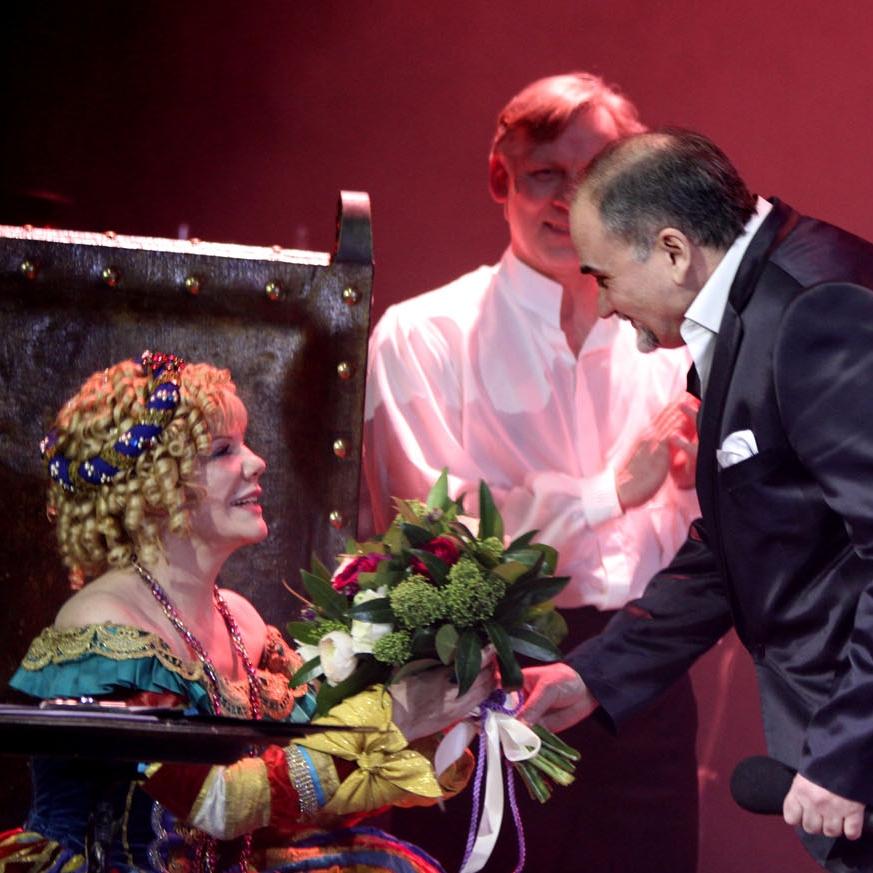 Александра Захарова, Борис Беленький